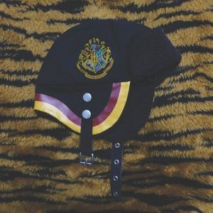 Accessories - Official Harry Potter Hogwarts Buckle Hat