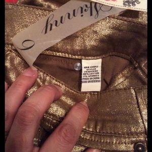 1st KISS Denim - FINAL SALE ‼️NEW GOLD 1st Kiss jeans SZ9