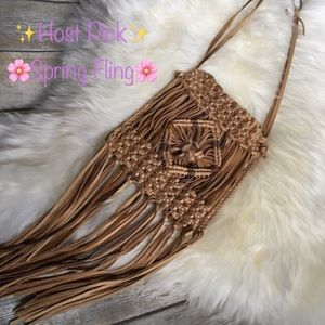 Lucky Brand Handbags - ⚡️SALE✨HOST PICK✨ Lucky Brand Leather Fringe Bag