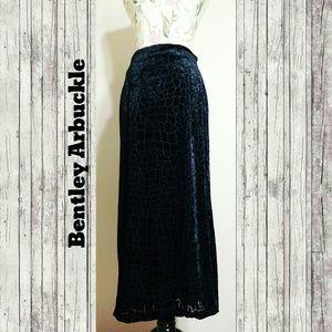 Vintage Dresses & Skirts - 1980s Crushed Velvet Skirt