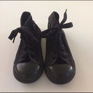 Converse Other - Converse Toddler size 7 unisex