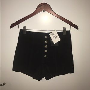 Large high waisted corduroy shorts with tags!
