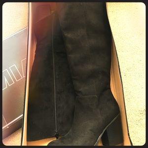 MIA Shoes - 🖤MIA🖤Black Velvet Boots