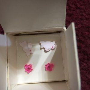 Avon Other - Vintage Avon earrings