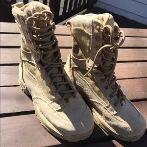 Danner Shoes - Women's Danner combat boots