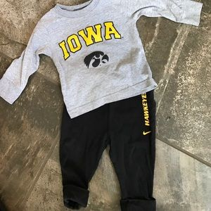 nike Other - Nike Iowa Hawkeyes outfit