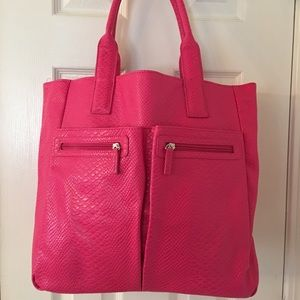 Neiman Marcus Handbags - 🛍 Neiman Marcus Pink Large Tote Bag