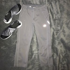 New Balance Pants - NB cropped workout leggings