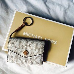 michael kors accessories card holder coin purse poshmark rh poshmark com