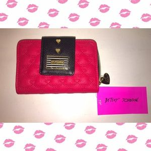 NWT Betsey Johnson Bi Fold Wallet