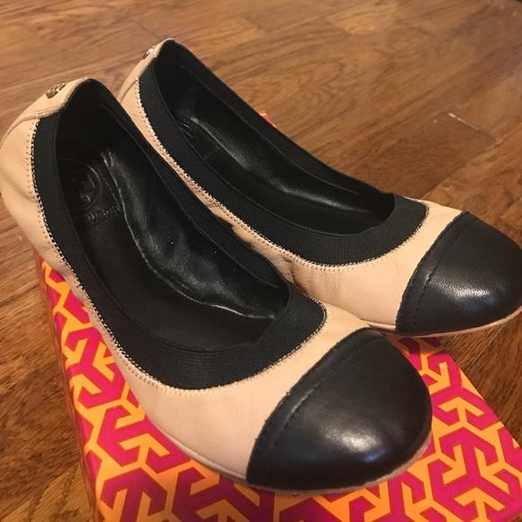 3e9a8fc7f42 Tory Burch Carrie Ballet Elastic Flats 6.5. M 58a202a33c6f9f3e5a010117
