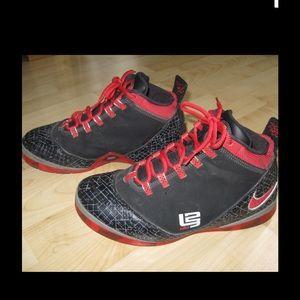 Nike Other - Vintage Nike Lebron James Zoom Soldier 11 Shoes