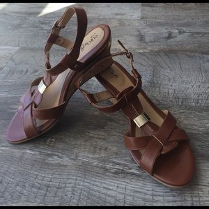 Sofft Shoes - Euro soft sofft beige gold wedge sandals new