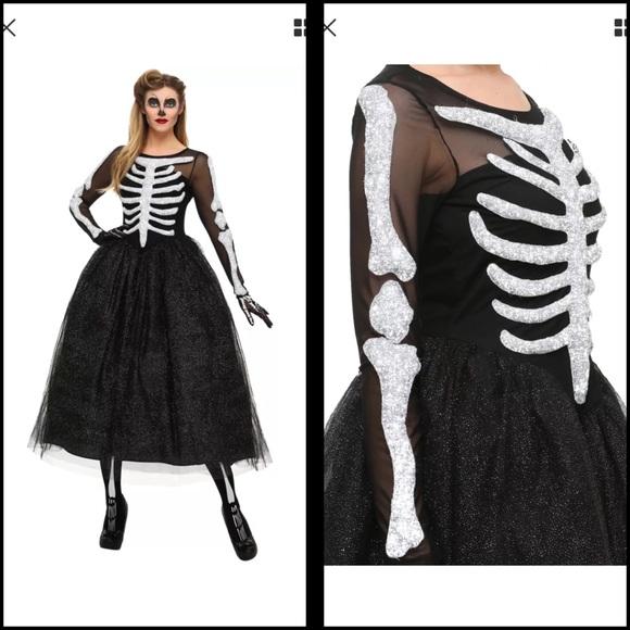 e3b73423551 FunCostumes Other - Women s Skeleton Beauty Costume
