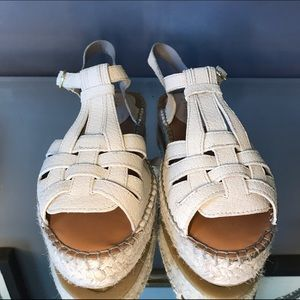 Hinge Shoes - REDUCED! Beige, Leather Espadrilles, Size 9