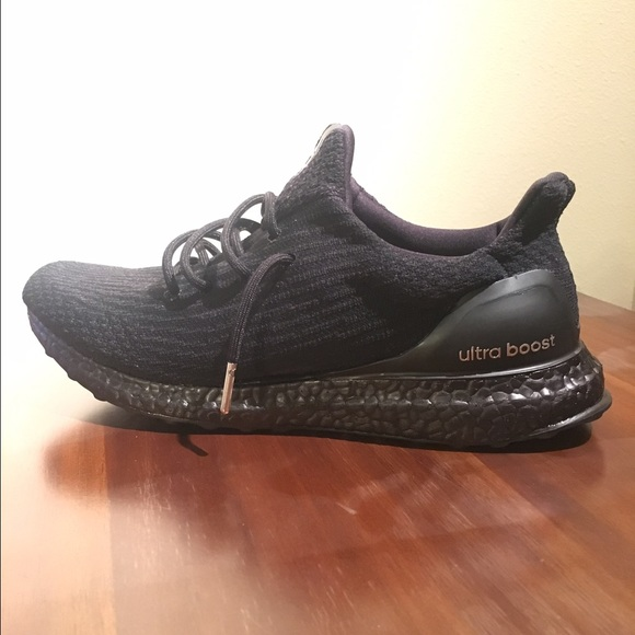 a3c42258d3c40 Triple Black Ultra Boost 3.0