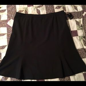Apostrophe Dresses & Skirts - Black skirt