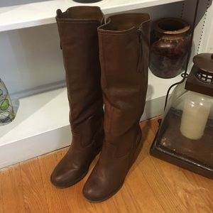 MIA Shoes - Mia brown high boots!