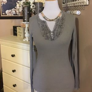 NWOT INC International Gray Sweater S