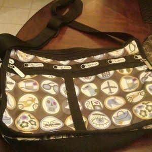 LeSportsac Handbags - LeSportsac Crossbody