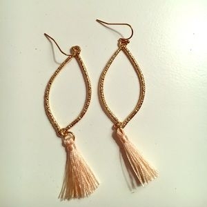 Gold earring with pink tassel