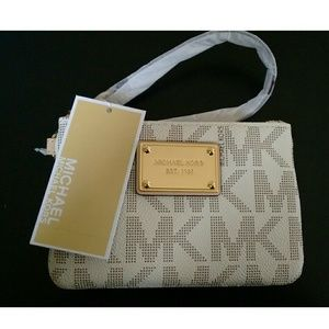 Michael Kors Handbags - New! Authentic MICHAEL KORS MK Logo Wristlet NWT