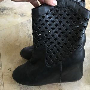 80%20 Shoes - 80%20 hidden wedge heel