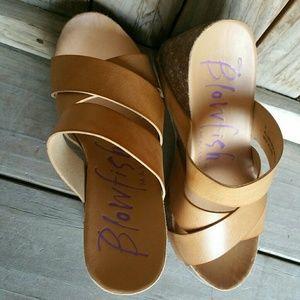 Blowfish Shoes - Hiro Blowfish Brown & Tan Cork Wedge Sandals, Sz 6
