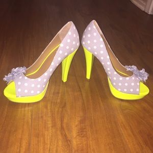 Not Rated Shoes - day glo pumps with flower and gem details NWOT