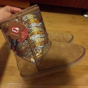 Lamo Shoes - NWT Lamo sequin fleece tall suede boot