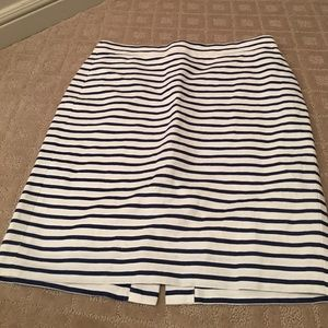 JCREW NEW WITHOUT TAGS PENCIL SKIRT!