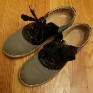 Grey & Black Saddle Shoes size 5.5