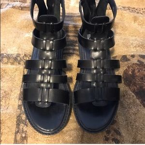 Dolce Vita leather Sandals NWOT