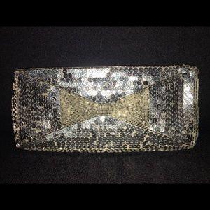 La Regale Silver VINTAGE SEQUIN Clutch