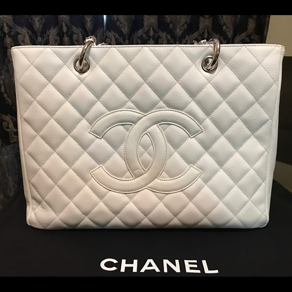 eac0174dad7 Chanel White Caviar Grand Shopping Tote Bag