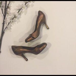 BCBGirls Shoes - BCBG Girls Pumps in bronze