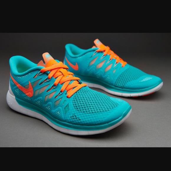 NIKE FREE 5.0 Shoes Sz 9.5 Teal & Crimson like new