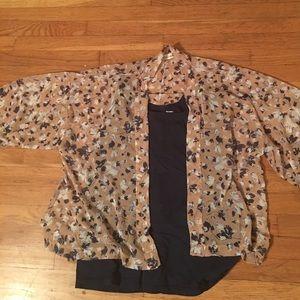 Sweaters - Beautiful floral Kimono/coverup.