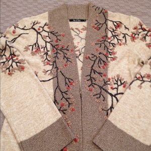NIC + ZOE Sweaters - Nic and Zoe embroidered sweater size m