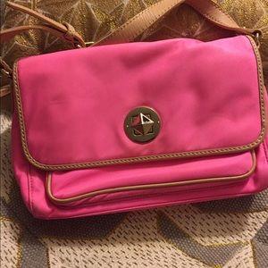 kate spade Handbags - Kate spade crossbody firm
