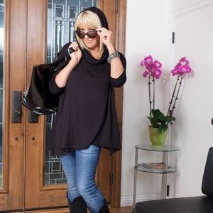 suzanne somers Tops - ➕ PONCHO cowl HOODIE offshoulder BLKs-L6-14NEW🌴HP