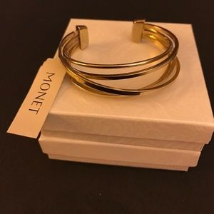 Monet Jewelry - Monet gold tone cuff bracelet. NWT
