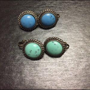 Jewelry - Vintage turquoise like round CLIP earrings
