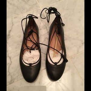 Madewell Shoes - Madewell Black Leather Laceup flats