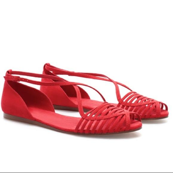 99ba9bd59ee54 ... Red Flat Sandals. M 58a5cb0f4e8d17dff3073303