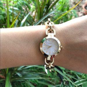 DKNY Accessories - DKNY Gold Chain Women's Bracelet Watch NY2134