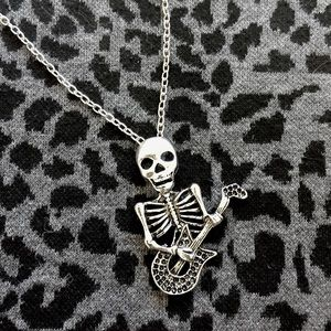 Hot Topic Jewelry - Add On Item Dead Skeleton Necklace