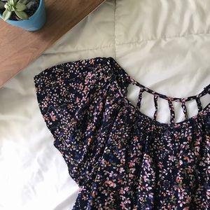 Rhapsody Tops - Cute strappy back blouse