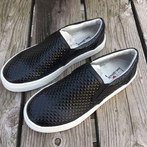 Luichiny Shoes - A5️⃣🌟!  Luichiny Vay Kay Black Loafers! NIB!
