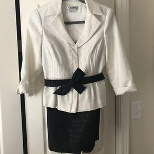 Kay Unger Other - Kay Unger two piece dress size 6